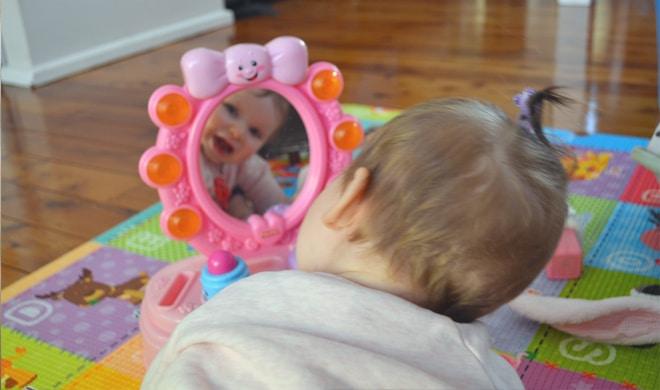 How to take aewsome DIY baby photos
