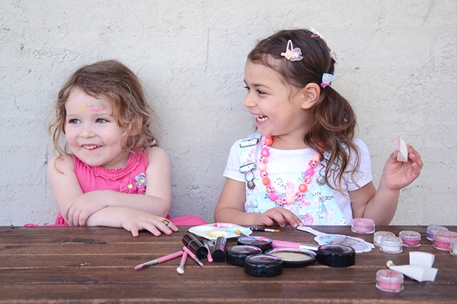 natural play makeup for kids